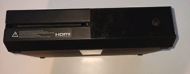 Xbox One (500GB) + Games