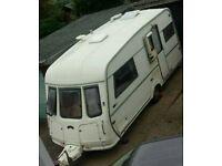 Vanroyce 470 EK 2 berth caravan