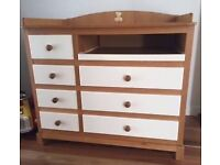 Kaloo changing table/draws