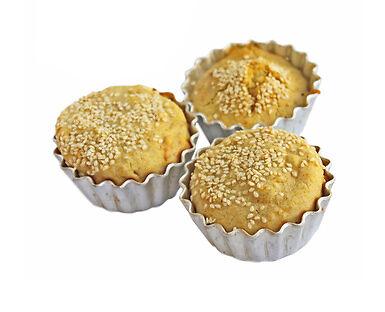 Damit der Auflauf nicht ausläuft und die Muffins gelingen: Kaufratgeber Backbleche & Backformen