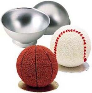 Wilton-3D-SPORTS-BALL-CAKE-PAN-SET-3-D-Baseball-Soccer-Tennis