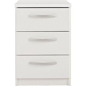 New Hallingford 3 Drawer Bedside Chest - White