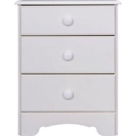 Nordic 3 Drawer Bedside Chest - White.