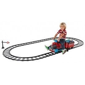 Kids ride on train like new