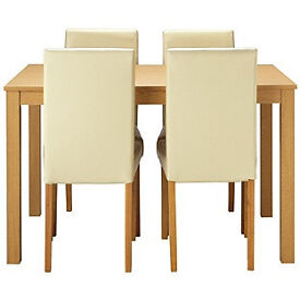 New Elmdon Oak Stain Dining Table & 4 Cream Chairs.