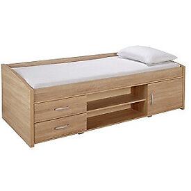 Yanniek Cabin Bed Frame - Oak