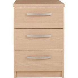 New Hallingford 3 Drawer Bedside Chest - Light Oak Effect