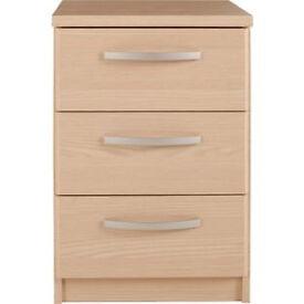 New Hallingford 3 Drawer Bedside Chest - Light Oak Effect