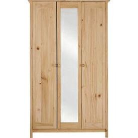 New Scandinavia 3 Door Mirrored Wardrobe - Pine