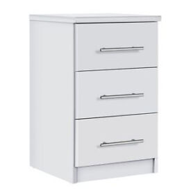 Normandy 3 Drawer Bedside Chest - White