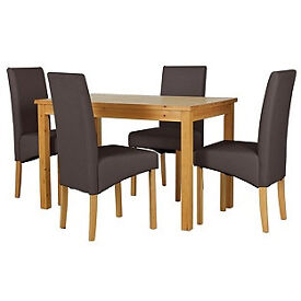 Lincoln Oak Effect 120cm Dining Table and 4 Chocolate Chairs