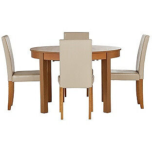 Woodbury Oval Extendable Table & 4 Cream Chairs.