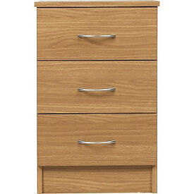 Cheval 3 Drawer Bedside Chest - Oak Effect
