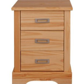 Mendoza 3 Drawer Bedside Chest - Pine Effect