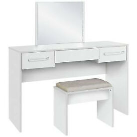 Fully assembled Tilbury Dressing Table, Stool and Mirror - White