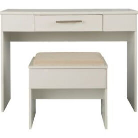 Normandy Dressing Table and Stool - White