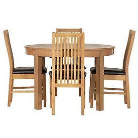 Coleridge Extendable Oval Table - 4 Paris Chairs