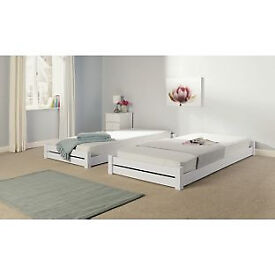 Stakka II Guestbed and mattresses - White