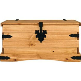 Puerto Rico Storage Chest - Pine