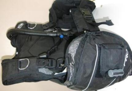 Used SEAQUEST PRO QD Small BCDs with Sure-lock Scuba Diving