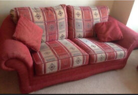 3 seater and 2 1 seater sofa suite