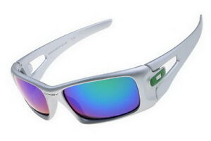 Safely and quickly shipping Oakley Sunglasses