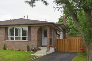 House for Rent Immediate Availibility close to the LINC