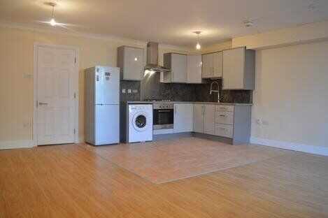 BEAUTIFUL TWO BED FINSBURY PARK