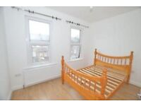 THREE BEDROOM HOUSE WITH PRIVATE GARDEN - MOMENTS FROM WOOD GREEN STATION. CALL NOW!
