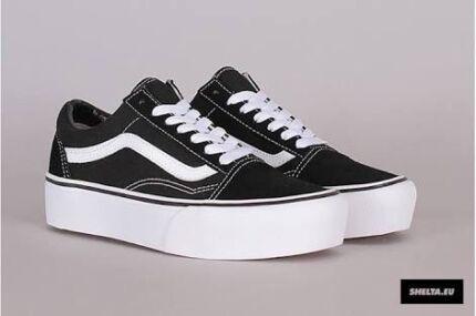 vans old skool sneakers in black us9 5 men 39 s shoes. Black Bedroom Furniture Sets. Home Design Ideas