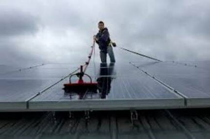 Solar Panel Cleaning Northern Suburbs Gold Coast