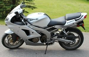 2006 Ninja ZZR-600 - Low KM - Original Owner