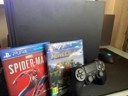 PS4 / PlayStation 4 Pro 1TB - Spider-man + minecraft