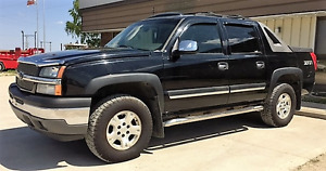 2005 Chevrolet Avalanche Pickup Truck 4X4