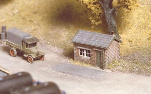 Ratio 227 Weighbridge and Hut (N gauge kit)