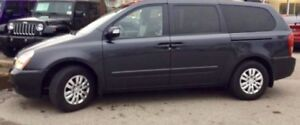 2012 Kia Sedona LX, Certified and Etested. Ice cold air cond