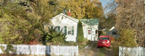 Stettler House for Rent - Available Aug 1