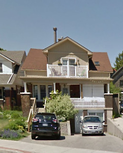 High-End 3Bdrm Downtown Home – Steps to Victoria Park