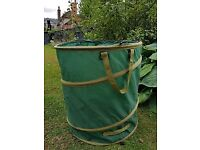 COLLAPSIBLE GARDEN WASTE CONTAINER