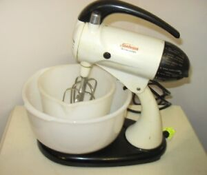 Vintage midcentury (1956) 12-Speed Sunbeam Electric Stand Mixer