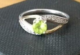 August Birthstone ring