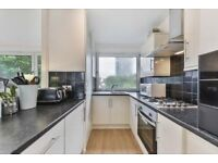 *!* Duplex Apartment, with Private Balcony with River Views *!* Close to Jubilee line, call now!!