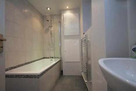 STUNNING GROUND FLOOR 1 BEDROOM FLAT ON GREEN LANES AVAILABLE NOW ONLY 1500PCM