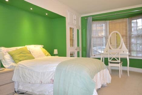 Stunning 2 Double Bedroom, 2 Bathroom Apartment!