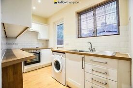 Stunning 3 Bedroom in Shepherds Bush!!