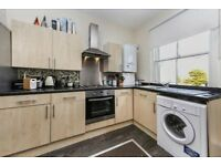 Bright and airy 2 bedroom property in Peckham - CHEAP CHEAP CHEAP!!!