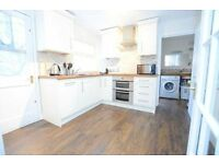 Beautiful one bedroom property in Vauxhall with a private garden! AVAILABLE NOW!!!