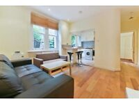 IMPRESSIVE 2 BED PROPERTY IN FANTASTIC LOCATION MINUTES AWAY FROM OVAL STATION