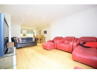 Spacious 2 bedroom on kennington road, bakerloo, victoria and northern Lines !!!
