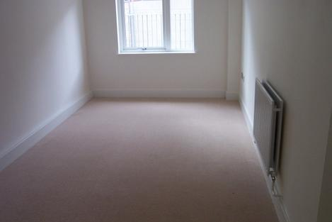 FANTASTIC NEWLY DECORATED 2 BED GROUND FLOOR FLAT CLOSE TO MANOR HOUSE STATION ONLY 1650PCM